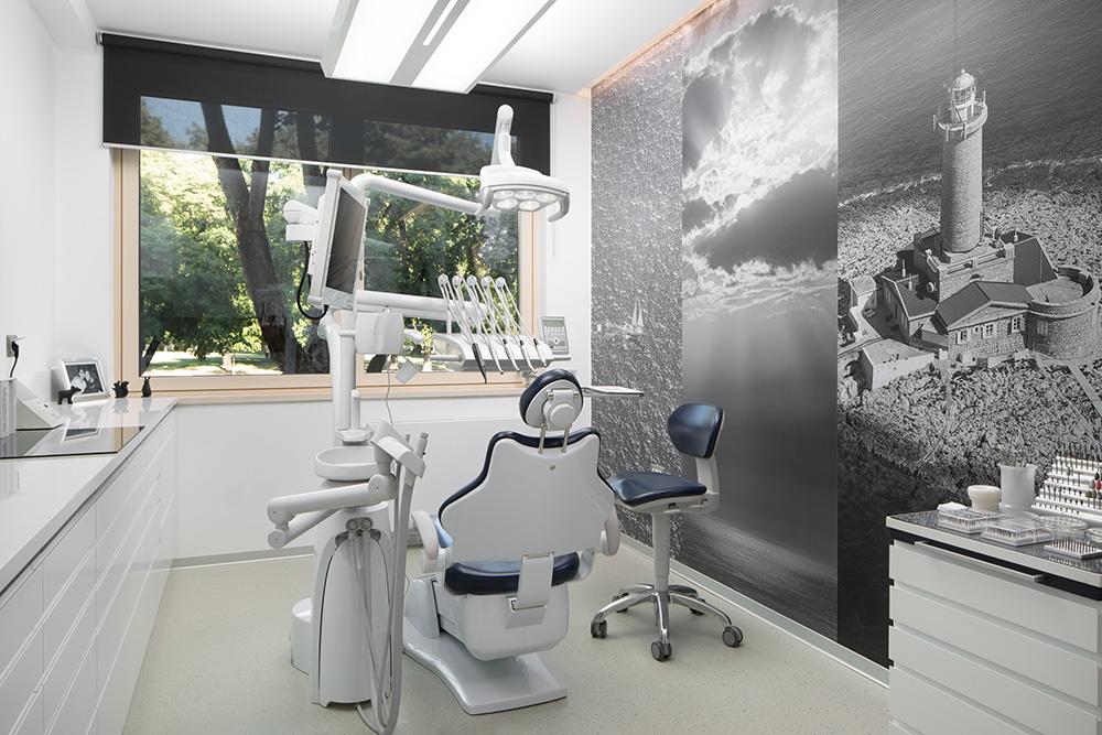 Ordinacija dentalne medicine, dr. Jadranko Rogoznica